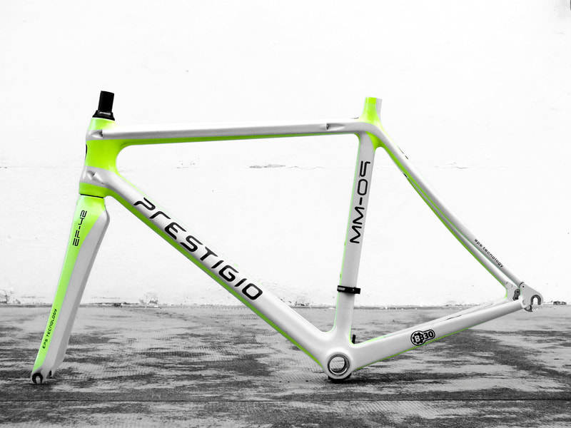 Prestigio Italy design by Giorgetto Giugiaro years 2014 racing frame 1,9 pounds