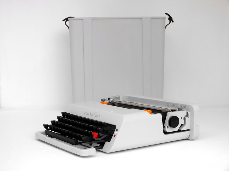 Valentine in rare greywhite typewriter by Ettore Sottsass design  for Olivetti years '70